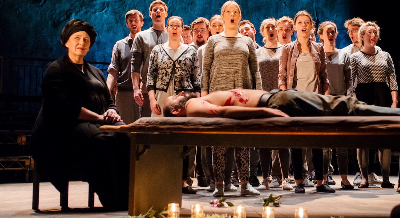 A still from Bristol Old Vic's production of Messiah
