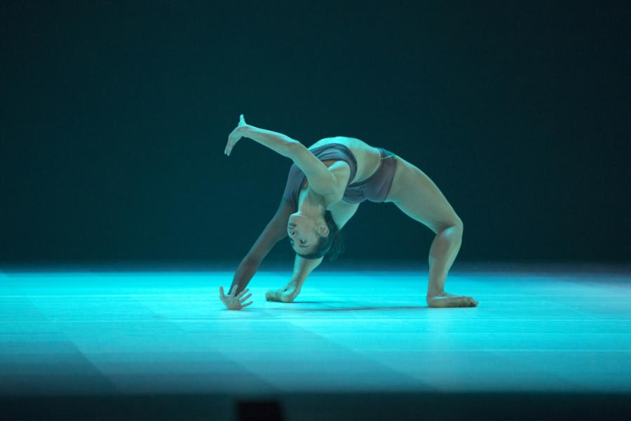 Atomos choreographed by Wayne McGregor. Photo - Ravi Deepres