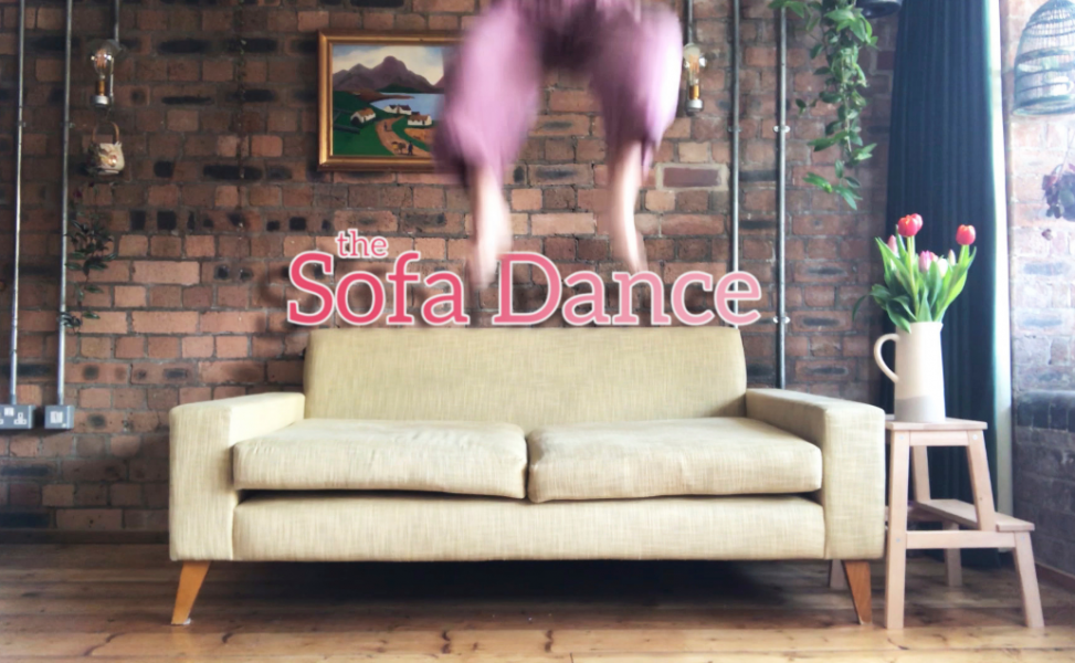 Sofa Dance from acrobatic group Mimbre
