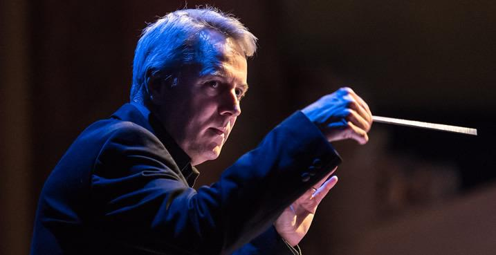 Richard Farnes conducts Opera North's Ring Cycle